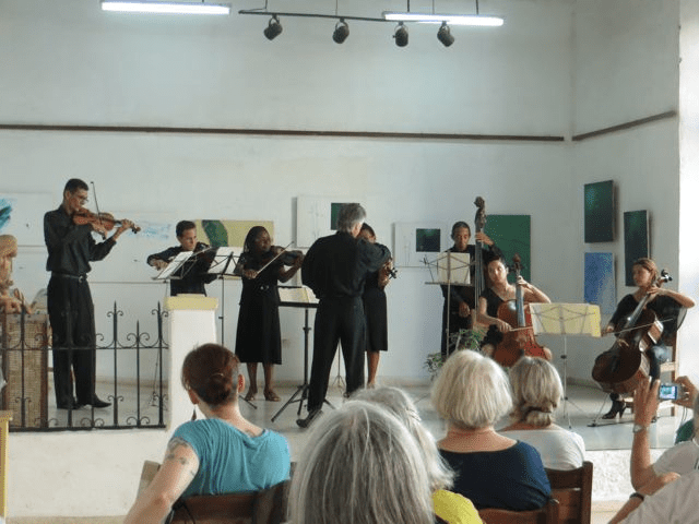 Camaguey Chamber Orchestra preforms
