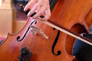 cello-hands-sm