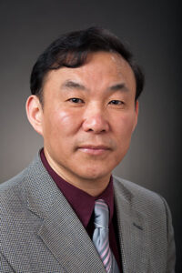 Professor Wei Dong wants students to use concepts from Chinese brush painting and Feng Shui culture in their everyday lives.