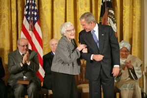 Lee receives the Presidential Medal of Freedom from George W. Bush in 2007.