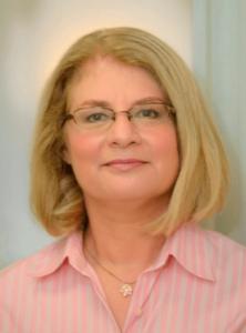 headshot of Leslie Bellais